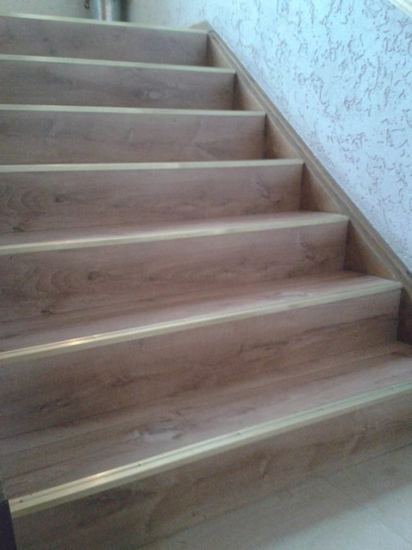 Listwa mosiężna na schody