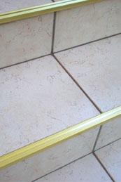 Kątowniki schodowe mosiężne 25x14mm